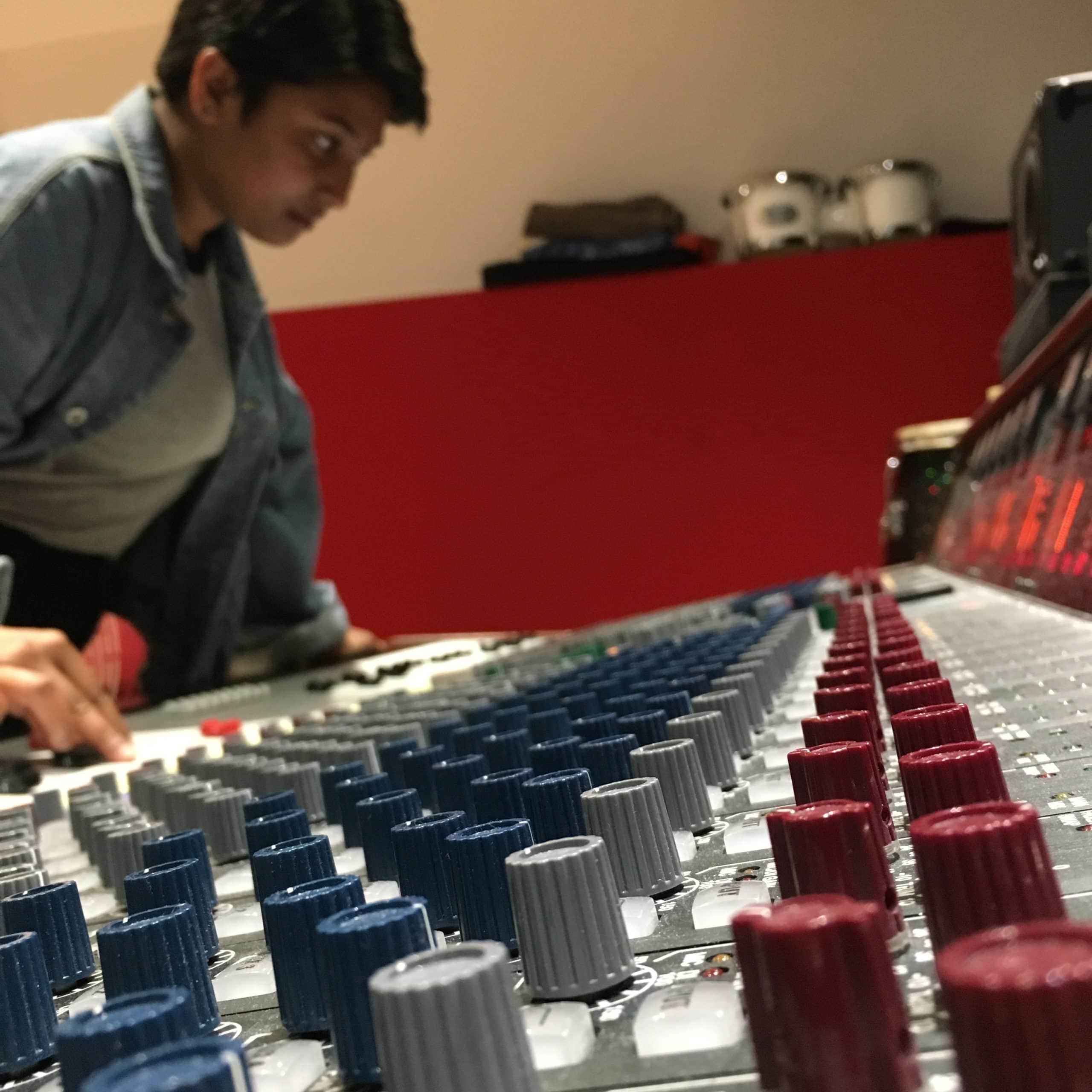 Ramera Abraham mixing